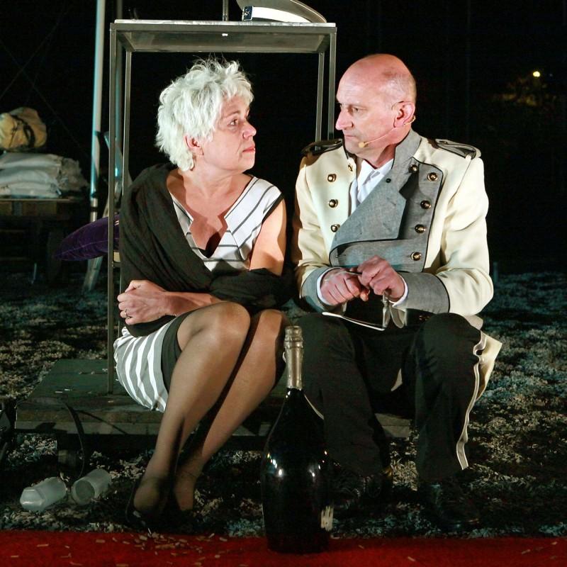 Amora (2010)
